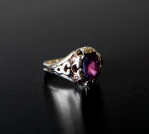 The engagement ring given by John Keats to Fanny Brawne